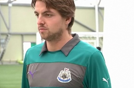 Tim-Krul-goalkeeper-shirt