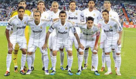 real-madrid-team-wallpapers-01-1372367846