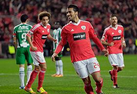 280px-Ezequiel_Garay_on_Benfica