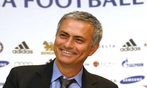 Mourinho-de-Special-One-a-Happy-One_article_hover_preview